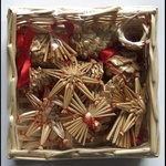 Christmas Straw Ornaments - Set of 16 pieces & Wicker Basket