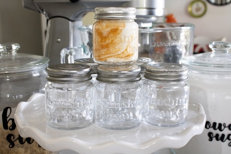 Sunshine Mason Co. Mini Mason Jar Shot Glasses with Metal Lid 2 Oz with Dessert Spoons, 6 Pieces