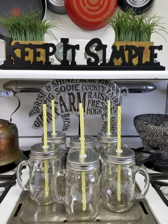 Sunshine Mason Co. Glass Mason Jar Drinking Mug set with handle, Silver lids and Yellow Stripe Straws, Set of 6