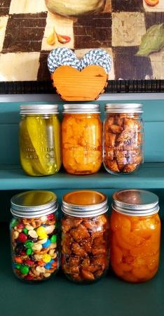 Sunshine Mason Co. Pint Regular Mouth Glass Mason Jars with Silver Storage Lids 6 Pack